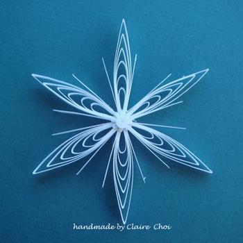 Квиллинг от Claire Choi - бумажные бабочки, снежинки, открытки и другое.  Прочитать целикомВ.  А бабочки и цветы я...